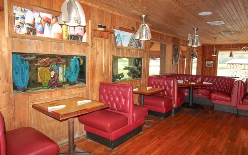 Shem Creek Crab House Press Release Bar Area